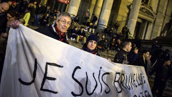 Les hommages en mémoire des victimes des attentats de Bruxelles - Sputnik France