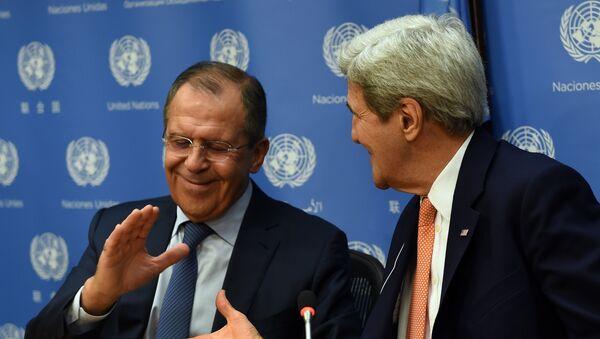 Le ministre russe des Affaires étrangères Sergueï Lavrov et son homologue John Kerry - Sputnik France