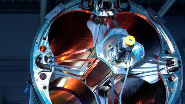 Un laser pour abattre des drones et des missiles essayé - Sputnik France