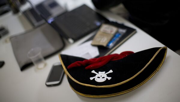 In this Monday, Dec. 31, 2012, a pirate hat is seen on a table during a meeting of the Israel Pirate Party in Jerusalem. The Israel Pirate Party is one of 34 lists competing in the country's Jan. 22 national election. - Sputnik France
