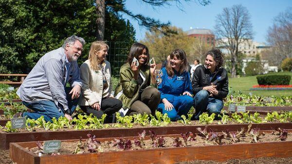 White House Kitchen Garden Planting - Sputnik France