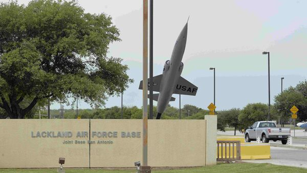 The Annex Gate is seen at Lackland Air Force Base in San Antonio, Texas April 8, 2016. - Sputnik France