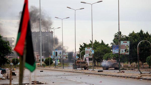 Libye: l'UE veut décréter un embargo pétrolier pour contraindre les belligérants à la paix - Sputnik France
