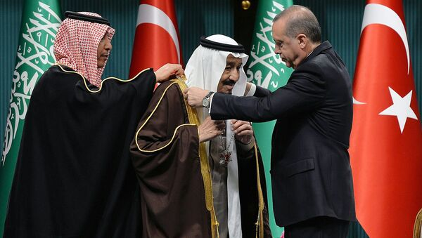 Le roi saoudien Salmane ben Abdelaziz Al Saoud et le président turc Recep Tayyip Erdogan - Sputnik France