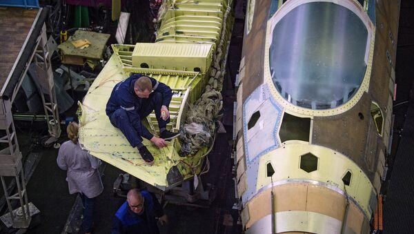 Focus sur le chasseur russe T-50 et ses munitions chirurgicales - Sputnik France