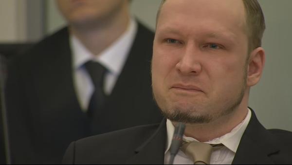 Anders Breivik pleure devant le tribunal - Sputnik France