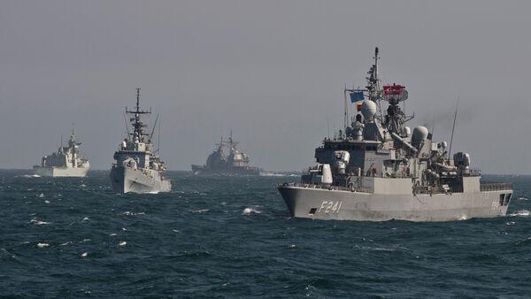Des navires de guerre de l'OTAN à un exercice militaire en mer Noire - Sputnik France