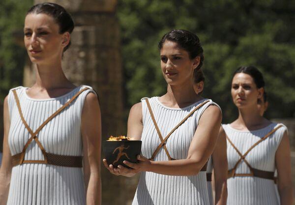 La cérémonie d'allumage de la flamme olympique - Sputnik France