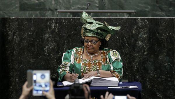 Edna Molewa, ministre sud-africaine des affaires environnementales - Sputnik France