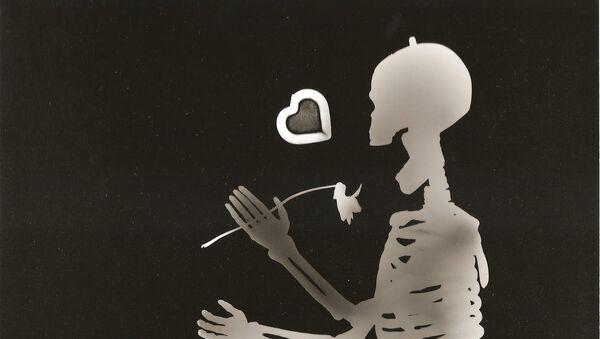 un squelette heureux - Sputnik France