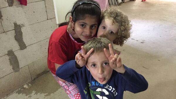 Camp Ashti: lieu de dénuement et d'espoirs de paix - Sputnik France