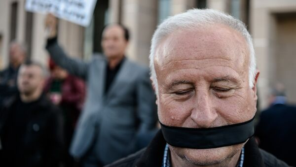 Proteste für Pressefreiheit in der Türkei. Istanbul, den 1. April 2016 - Sputnik France