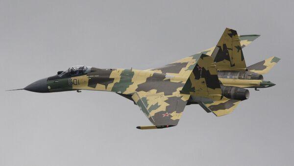 Un Sukhoi Su-35S, chasseur multirôle ultramanœuvrable russe de génération 4++ - Sputnik France