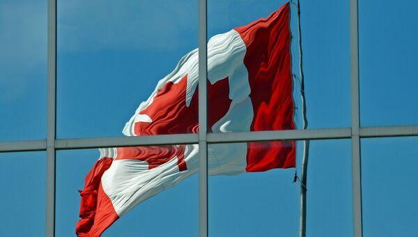 Reflet du drapeau canadien - Sputnik France