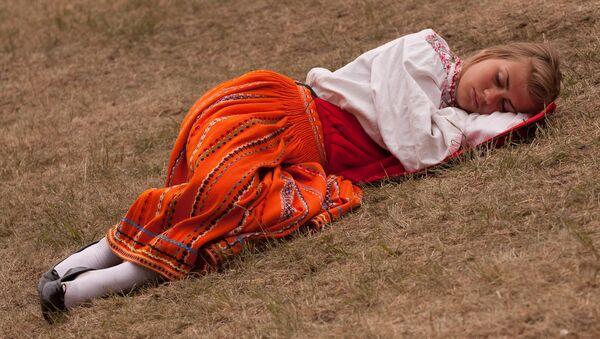 La meilleure position pour dormir dévoilée! - Sputnik France