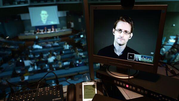 L'ensemble des documents secrets de Snowden bientôt publiés - Sputnik France