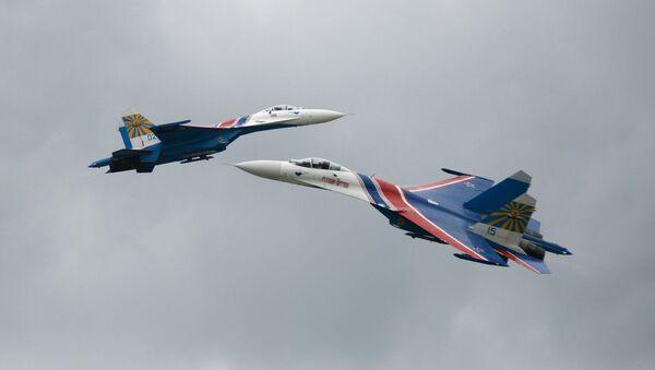 L'anniversaire des patrouilles acrobatiques Strijis et Preux russes - Sputnik France