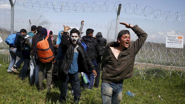 Des migrants - Sputnik France