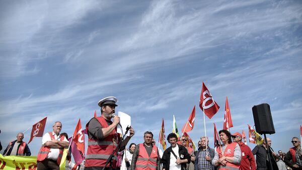 Loi travail: blocage des accès aux chantiers navals de Saint-Nazaire - Sputnik France