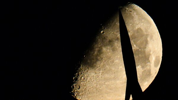 Le monument aux explorateurs de l'espace à Moscou - Sputnik France