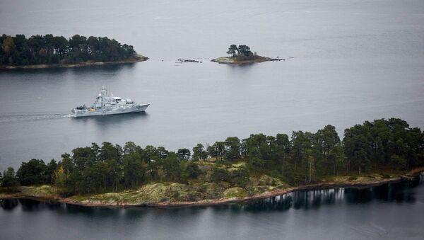Un bâtiment de guerre suédois en patrouille dans l'archipel de Stockholm - Sputnik France