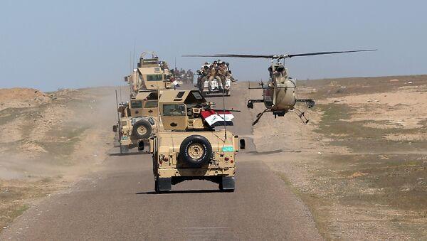Le ministre irakien de la Défense Khaled al-Obeidi conduit des troupes vers une zone de combats contre  Daech - Sputnik France