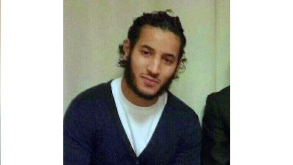 Le terroriste des Yvelines a diffusé son forfait sur Facebook - Sputnik France