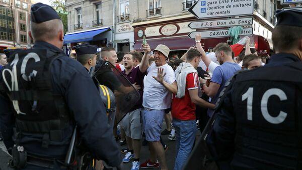 Euro 2016: 16 supporters interpellés à Lille - Sputnik France