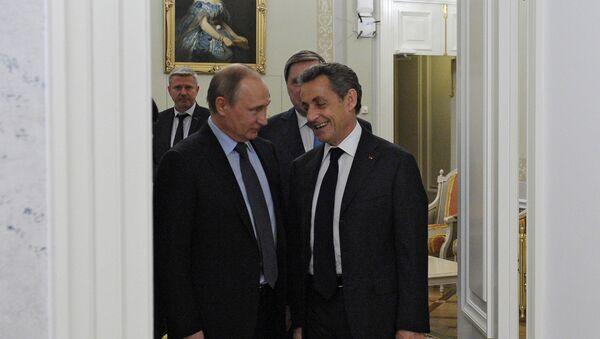 Dîner informel Poutine-Sarkozy près de Saint-Pétersbourg - Sputnik France