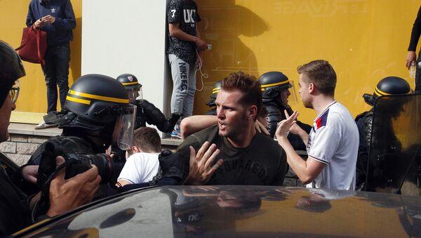 La police française, les fans anglais, Lille - Sputnik France