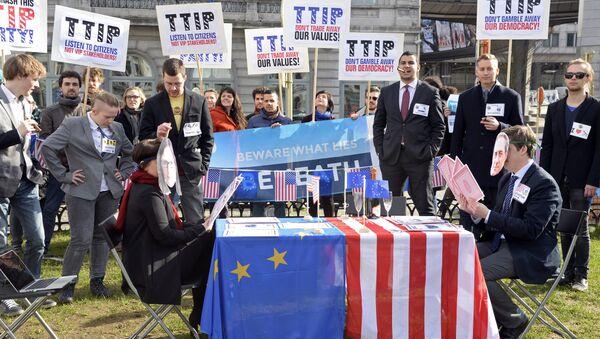 Une manifestation anti-Tafta à Bruxelles - Sputnik France