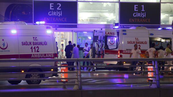 Explosionen im Atatürk-Flughafen von Istanbul - Sputnik France