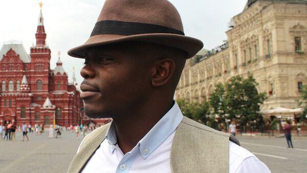 Léopold Tchape Sidjui, soliste du groupe Maroussia - Sputnik France