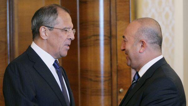 Sergueï Lavrov et Mevlut Cavusoglu - Sputnik France