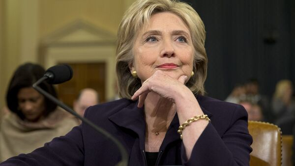 Democratic presidential candidate and former Secretary of State Hillary Rodham Clinton, listens as she testifies on Capitol Hill in Washington, Thursday, Oct. 22, 2015, before the House Select Committee on Benghazi - Sputnik France