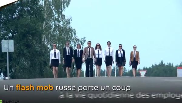 Un parcours du combattant pour les employées de bureau russes: dites non à la routine ! - Sputnik France