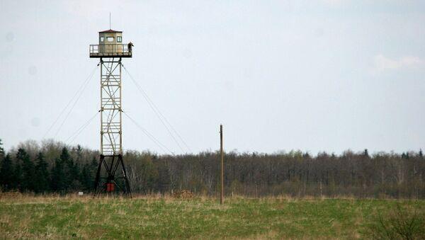 A Russian watchtower overlooks the disputed territories close to Pitalova region, near Vilaka, Latvia, Thursday, May 12, 2005. - Sputnik France