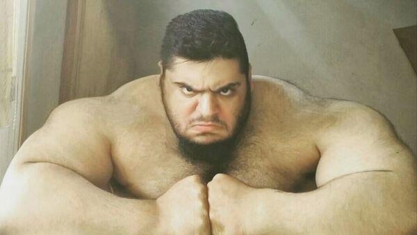 Le Hulk perse rejoint la Syrie pour combattre Daech - Sputnik France