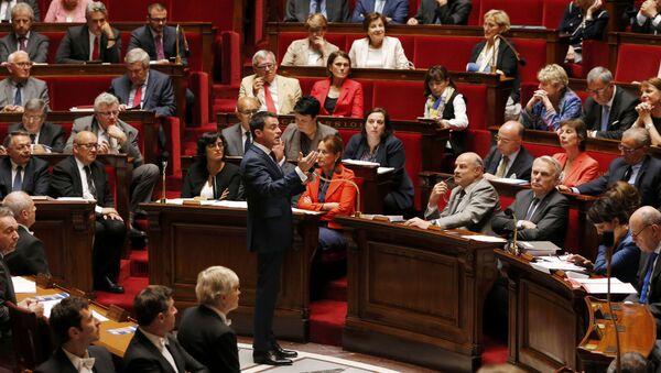 Premier ministre Manuel Valls devant l'Assemblée Nationale - Sputnik France