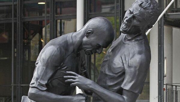 Une sculpture représentant Zinedine Zidane et Marco Materazzi - Sputnik France