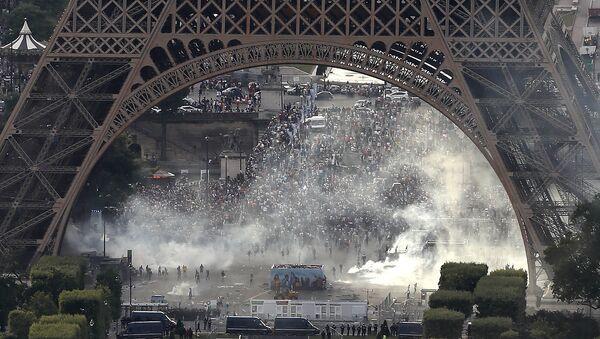 la fan-zone de la Tour Eiffel - Sputnik France