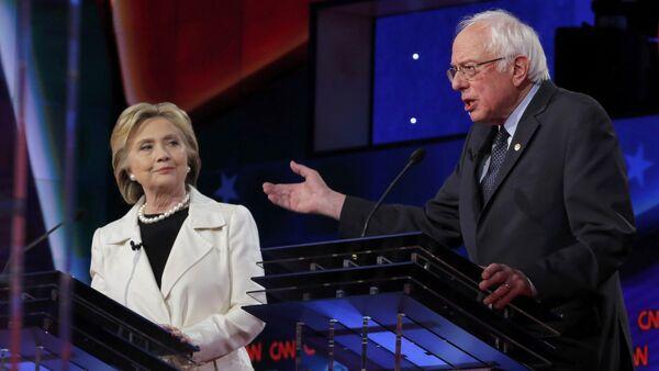 Hillary Clinton et Bernie Sanders - Sputnik France