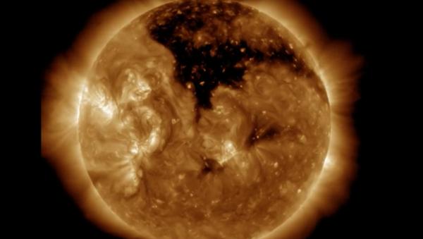Un trou coronal sur le Soleil - Sputnik France