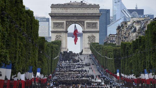 Le défilé du 14 juillet à Paris - Sputnik France
