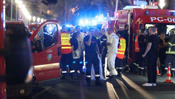 Sur les lieux de l'attentat de Nice - Sputnik France