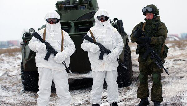 Les soldats russes équipés du système Ratnik - Sputnik France