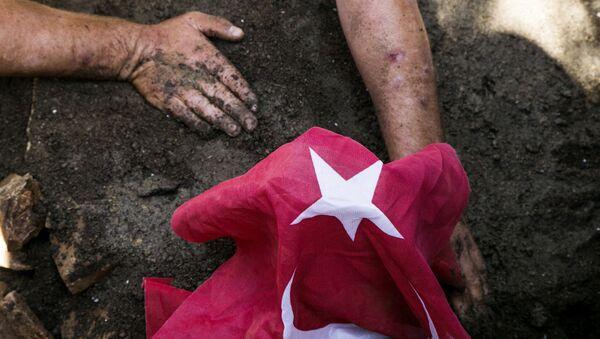 Turkey coup victim funeral - Sputnik France