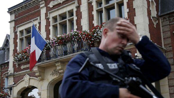 Une attaque terroriste déjouée en France - Sputnik France