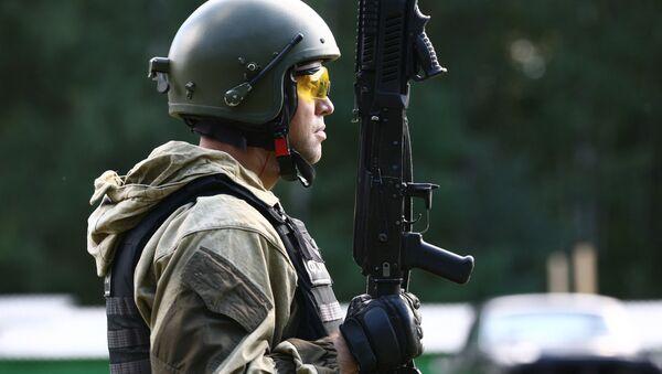 Открытое первенство среди подразделений спецназа по стрельбе из стрелкового оружия на стрельбище в Мордовии - Sputnik France