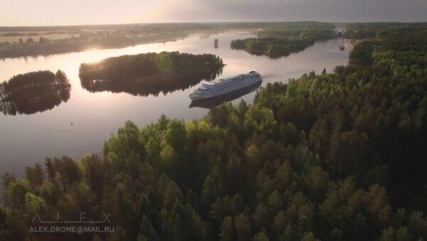 De Saint-Pétersbourg à Kiji en bateau - Sputnik France